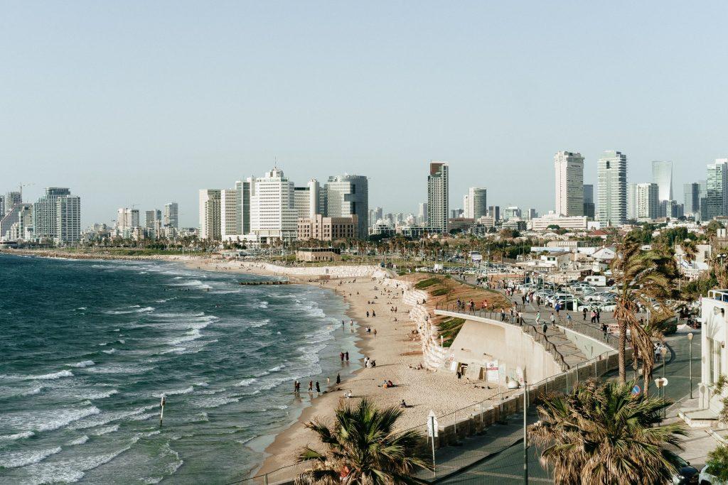 Tel Aviv by Eshet